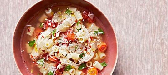 Итальянский куриный суп с макаронами и томатами