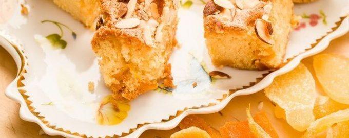 Зимний грушевый торт с миндалём и ибирём